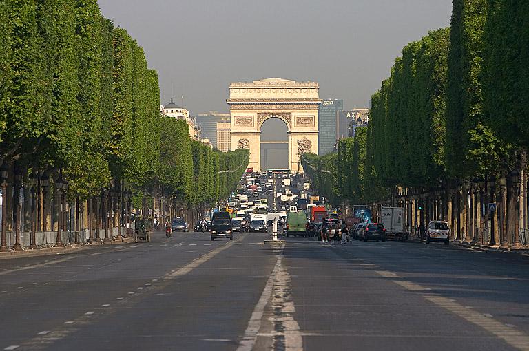 ChampsElysees_Paris