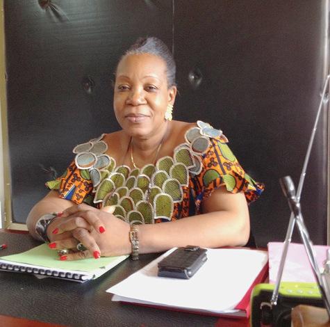 En-Centrafrique-une-maire-courage_article_main