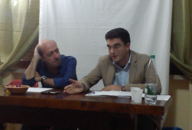 """Giovanni Ferro, """"Un'altra storia"""" (a sx) e Francesco Bertolino, presidente commissione bilancio (a dx)"""