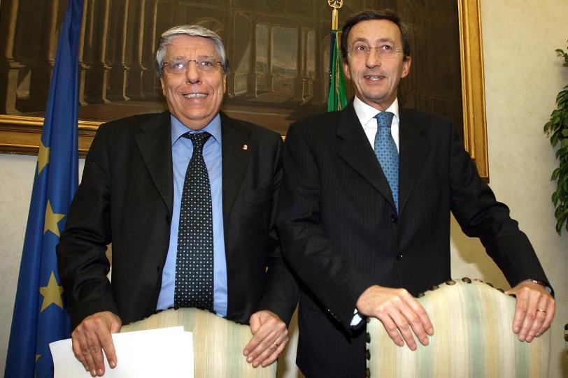 Carlo Giovanardi (sx) e Gianfranco Fini (dx)