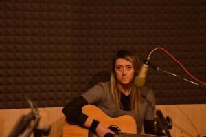 Cassandra Raffaele a Radio 100 passi