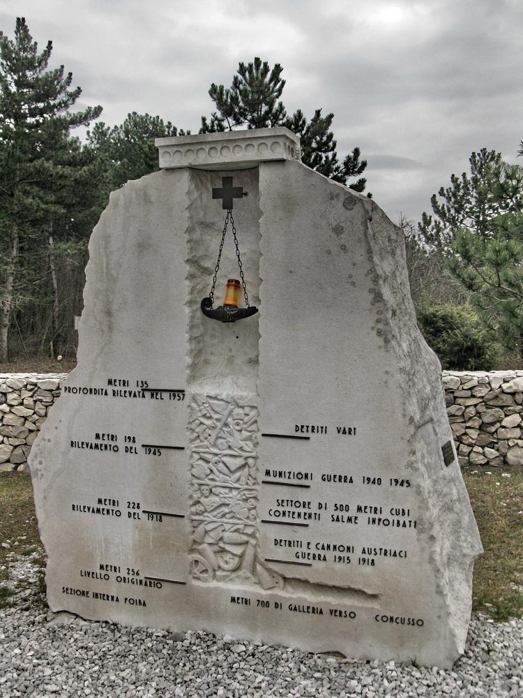 Monumento commemorativo alla foiba di Basovizza