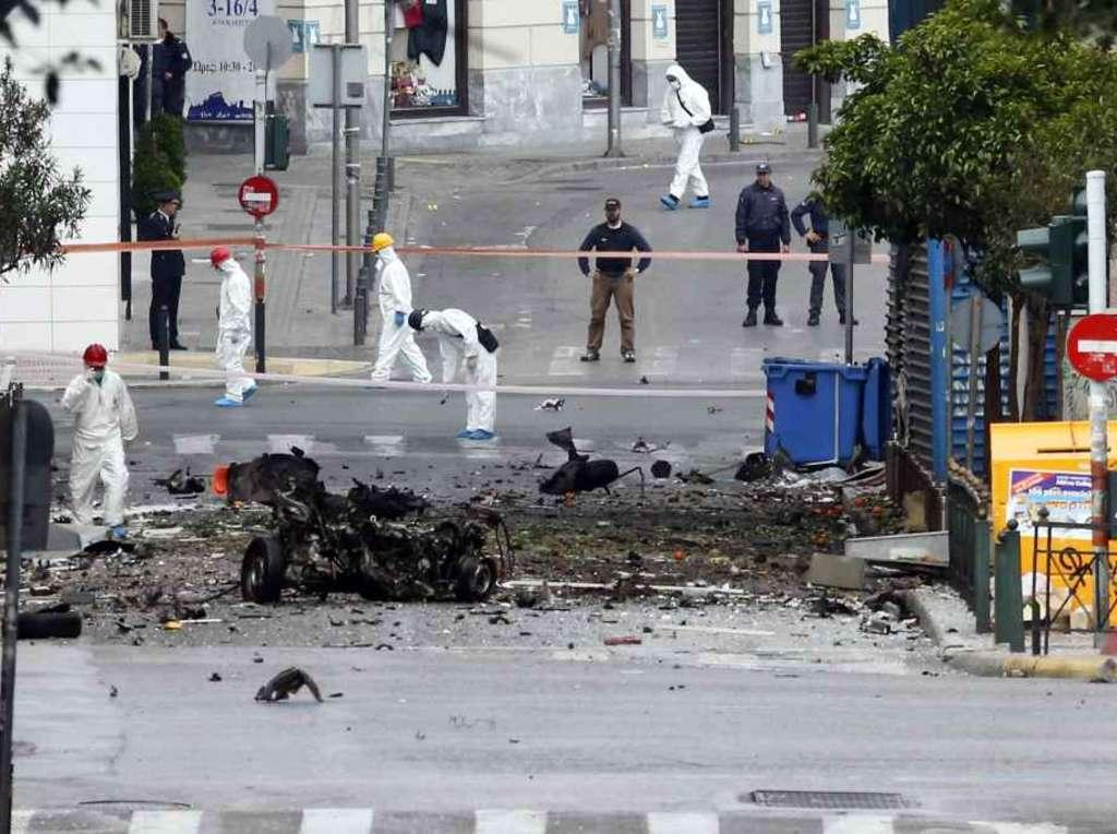 img1024-700_dettaglio2_Autobomba-in-Grecia-Reuters
