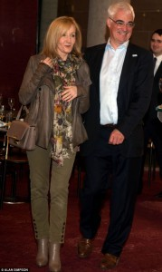 J.K. Rowling insieme a Alistair Darling